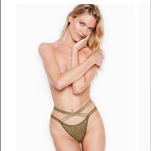 NWT VS Luxe Lingerie Logo Banded Brazilian Panty